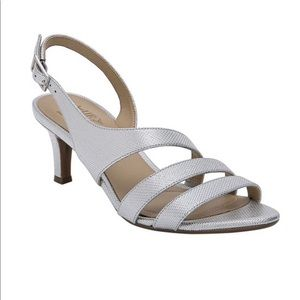 NWT Naturalizer Silver Taimi Dress Sandal